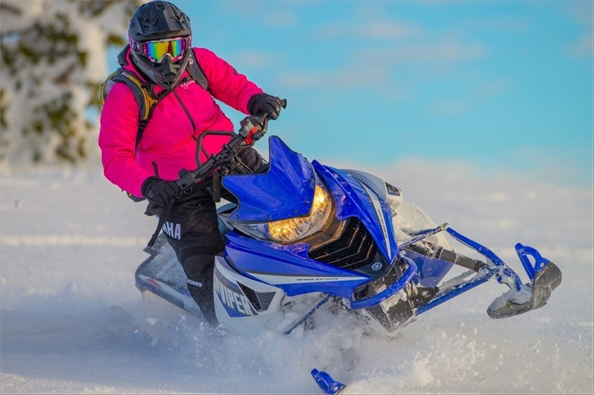 2016 Yamaha SRViper M-TX 153 LE in Johnson Creek, Wisconsin