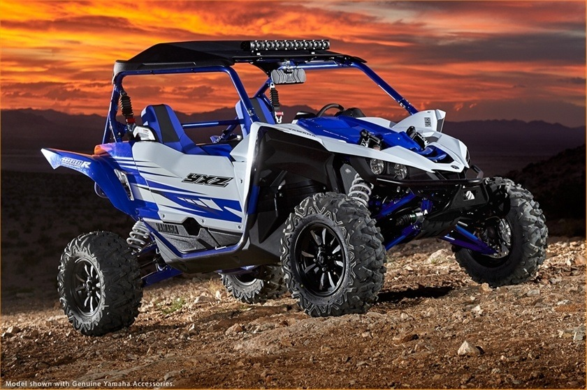 2016 Yamaha YXZ1000R in Lowell, North Carolina