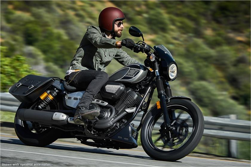 2017 Yamaha Bolt R-Spec in Hendersonville, North Carolina