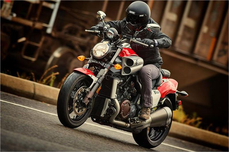 2017 Yamaha VMAX in Metuchen, New Jersey - Photo 17