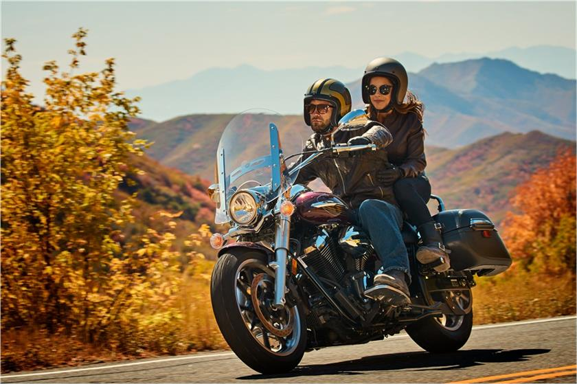 2017 Yamaha V Star 950 Tourer in Simi Valley, California