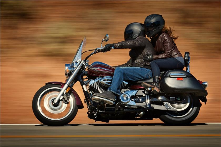 2017 Yamaha V Star 950 Tourer in Tamworth, New Hampshire