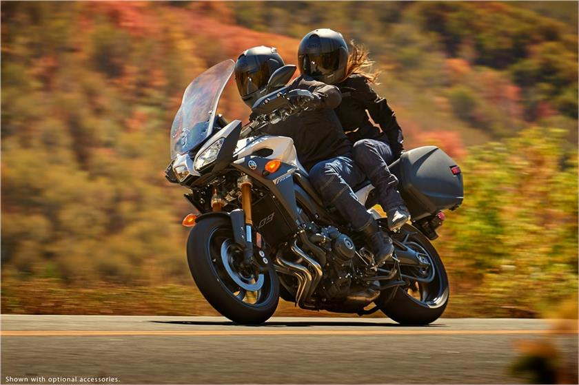 2017 Yamaha FJ-09 in Tamworth, New Hampshire