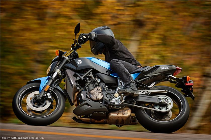2017 Yamaha FZ-07 in Derry, New Hampshire
