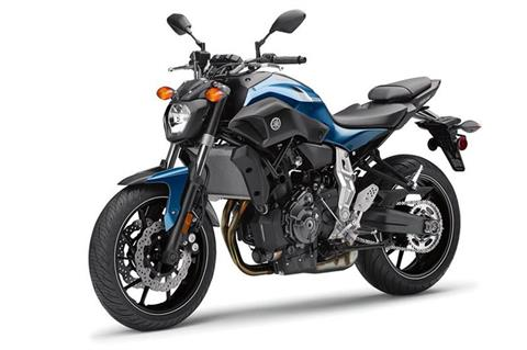 2017 Yamaha FZ-07 in Modesto, California - Photo 4