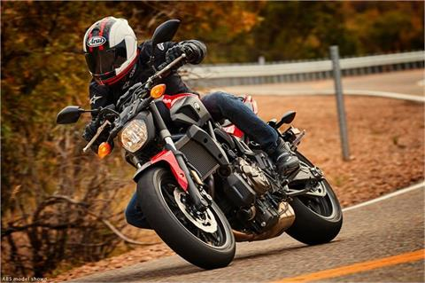 2017 Yamaha FZ-07 ABS in Hendersonville, North Carolina