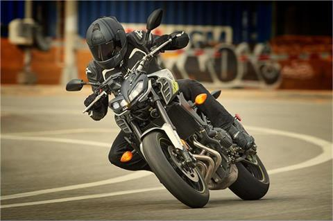 2017 Yamaha FZ-09 in Burleson, Texas - Photo 11