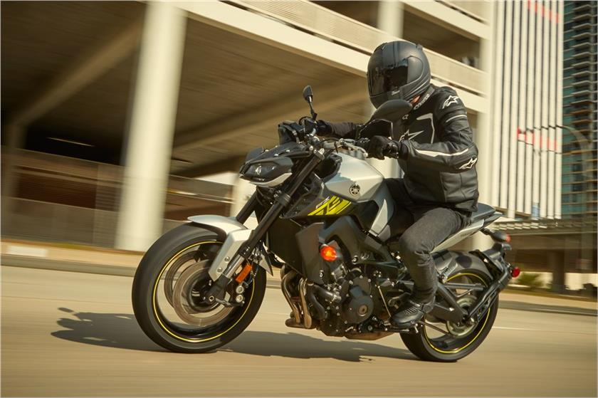 2017 Yamaha FZ-09 in Santa Clara, California