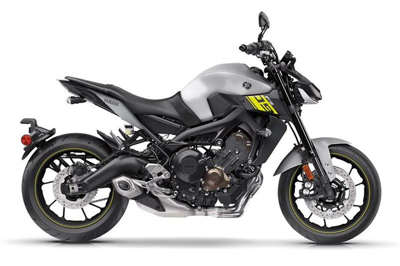 2017 Yamaha FZ-09 in Metuchen, New Jersey