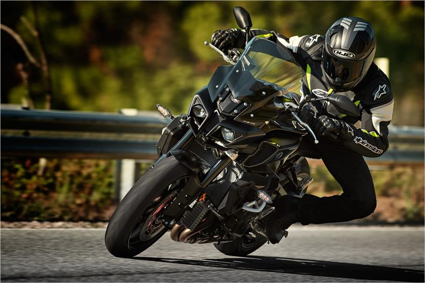 2017 Yamaha FZ-10 in Pittsburgh, Pennsylvania