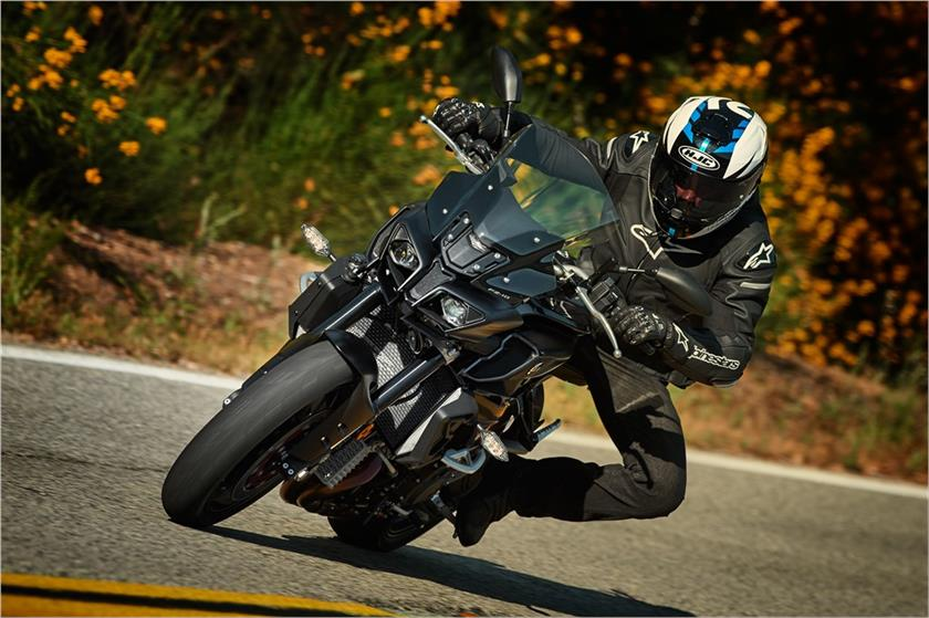 2017 Yamaha FZ-10 in Tamworth, New Hampshire