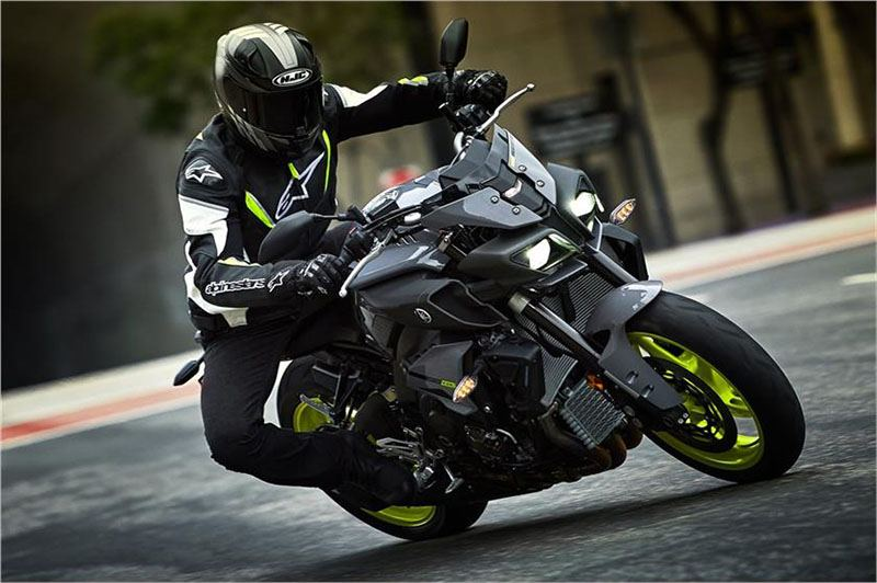 2017 Yamaha FZ-10 in Simi Valley, California - Photo 11