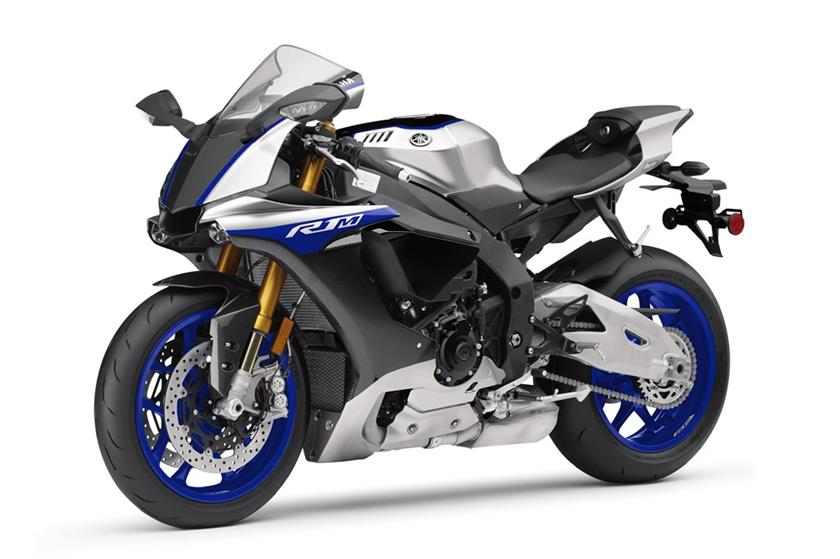 2017 Yamaha YZF-R1M in Hendersonville, North Carolina