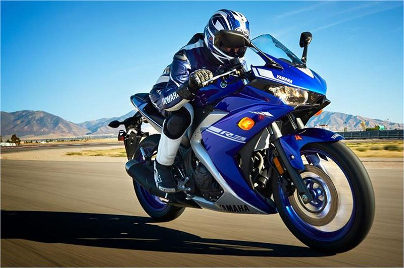 2017 Yamaha YZF-R3 ABS in Sumter, South Carolina