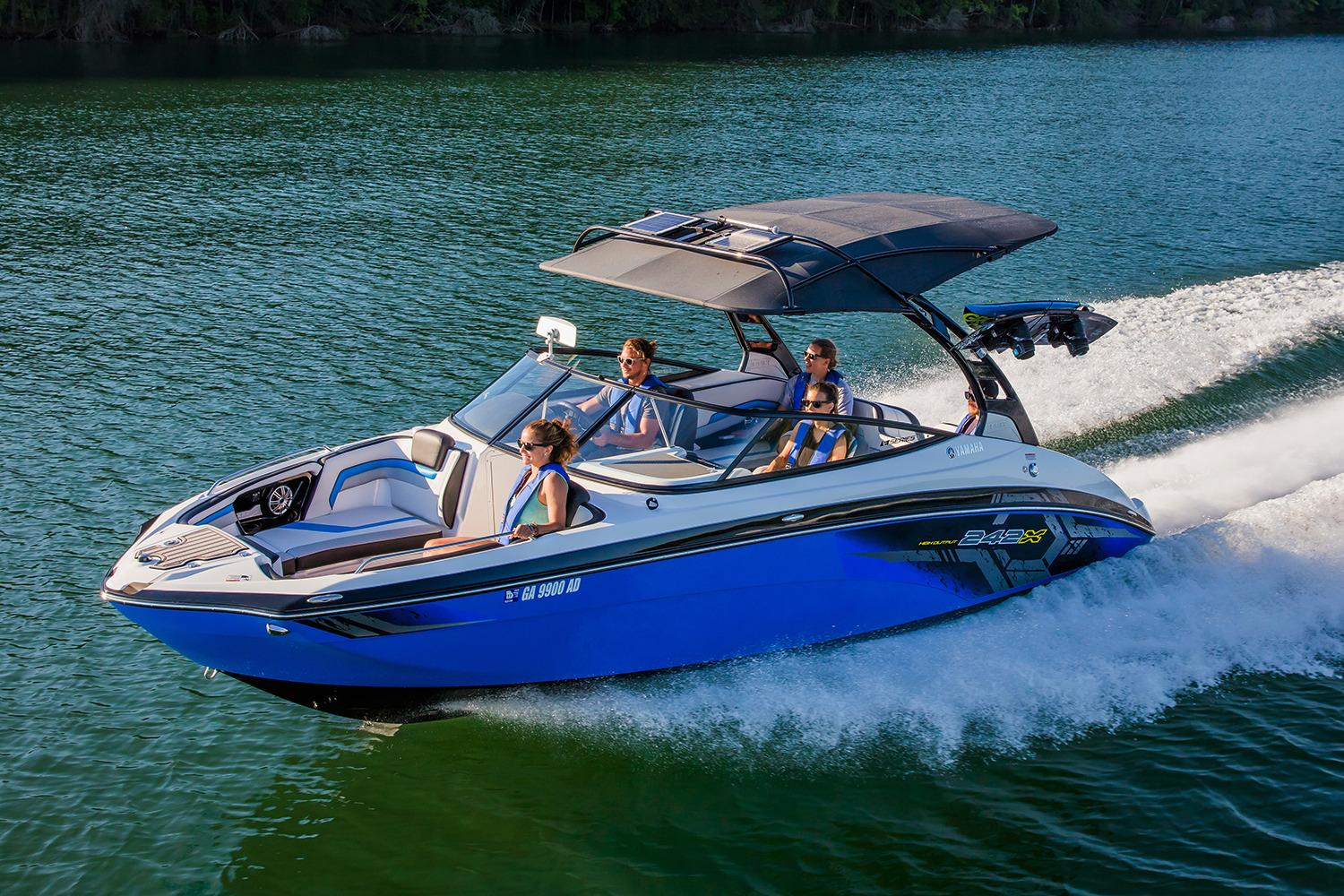 New 2017 Yamaha 242x E Series Power Boats Inboard In