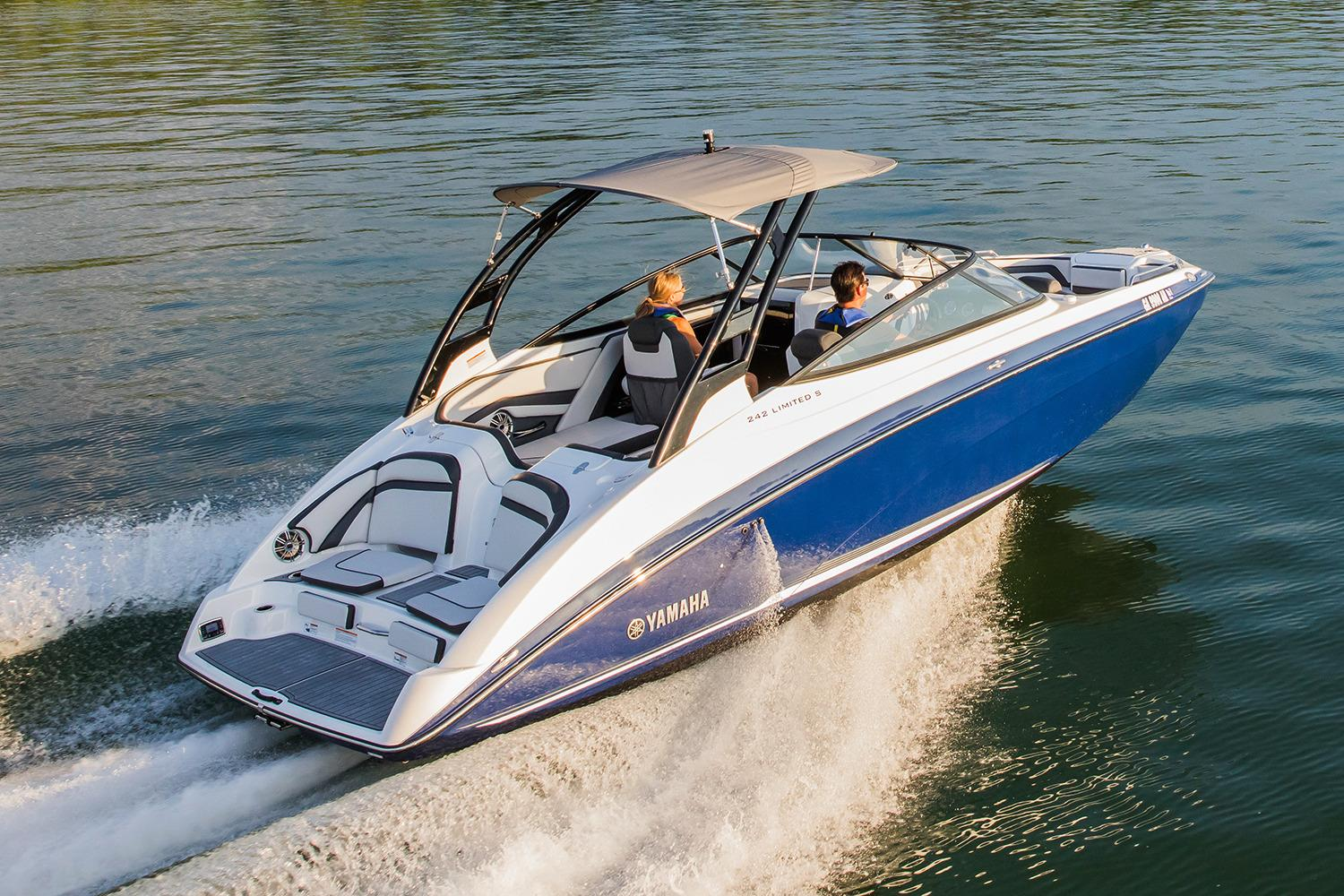 2017 Yamaha 242 Limited S in Huron, Ohio