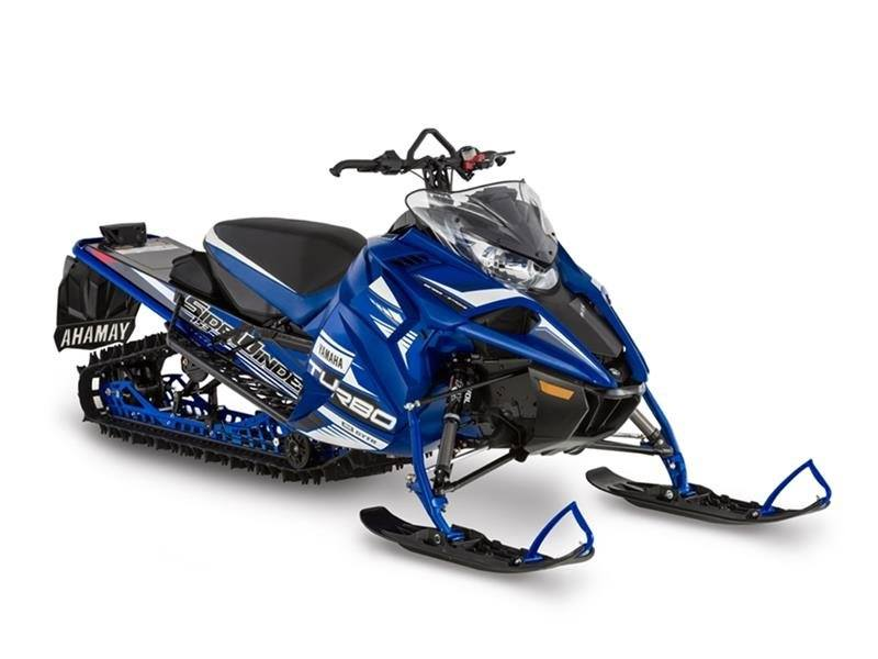 2017 Yamaha Sidewinder B-TX LE in Derry, New Hampshire
