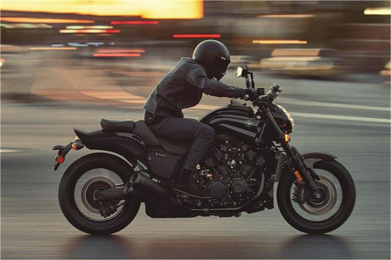 2018 Yamaha VMAX in Greenville, North Carolina