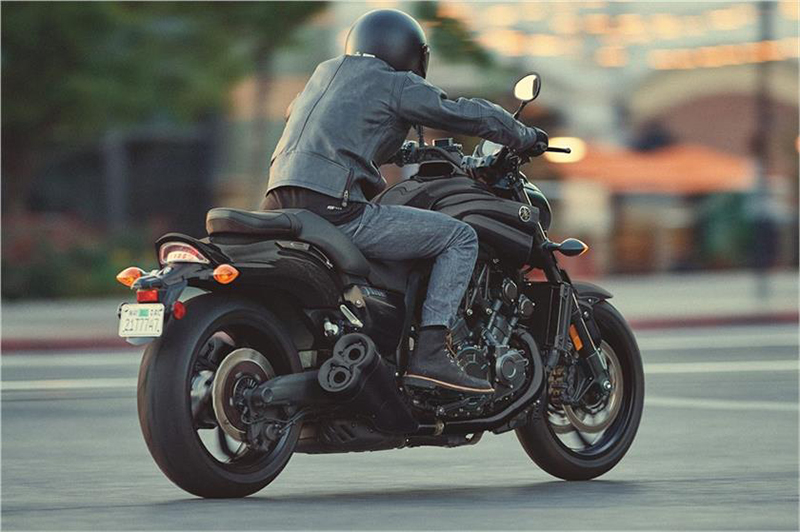2018 Yamaha VMAX in Fontana, California