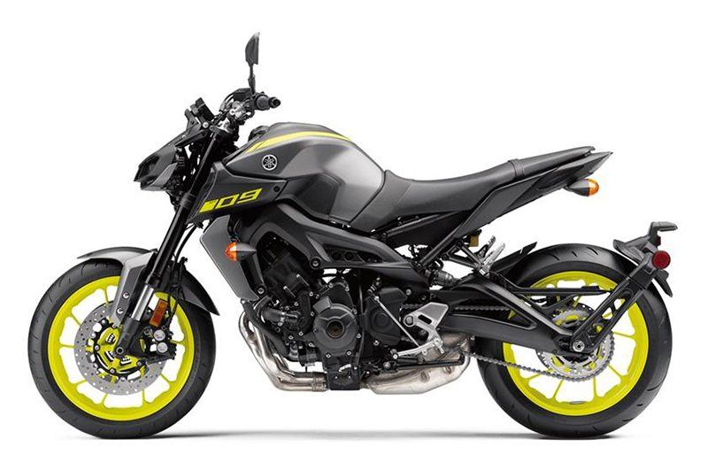 2018 Yamaha MT-09 in Northampton, Massachusetts