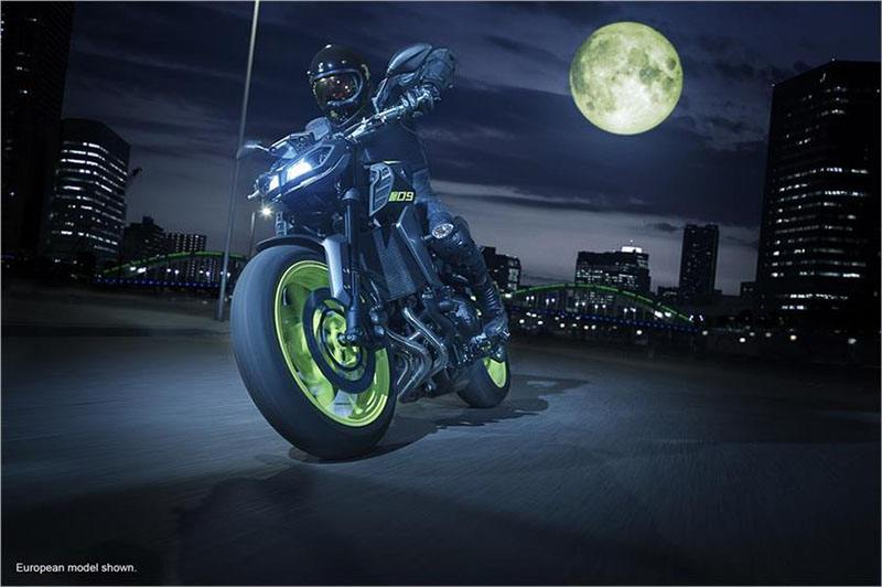 2018 Yamaha MT-09 in Derry, New Hampshire