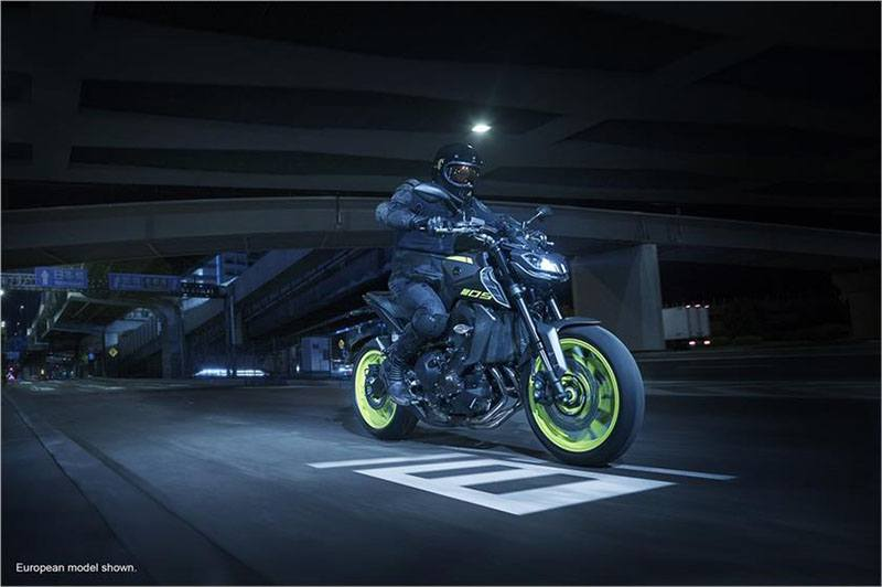 2018 Yamaha MT-09 in Phillipston, Massachusetts