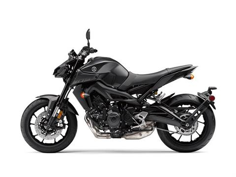 2018 Yamaha MT-09 in Simi Valley, California