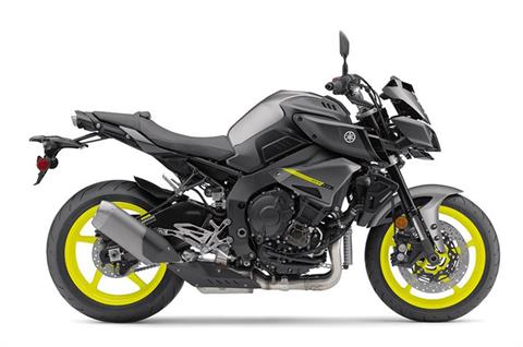 2018 Yamaha MT-10 in Mineola, New York