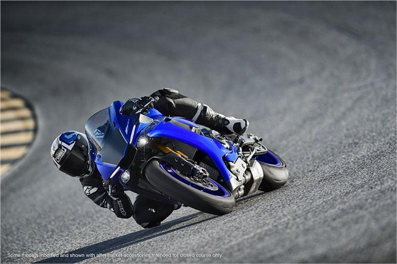 2018 Yamaha YZF-R1 in Olympia, Washington - Photo 12
