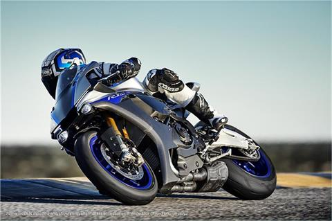 2018 Yamaha YZF-R1M in Sanford, North Carolina