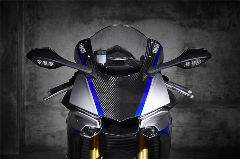 2018 Yamaha YZF-R1M in Sumter, South Carolina