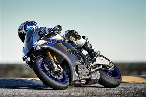 2018 Yamaha YZF-R1M in Florence, Colorado