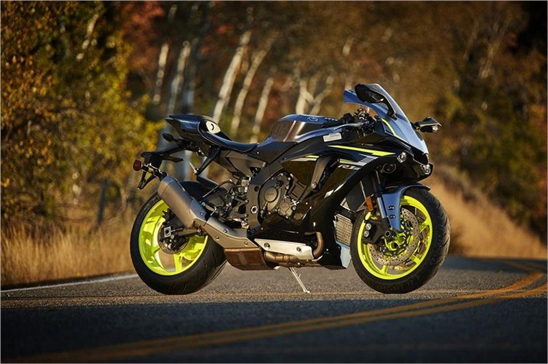 2018 Yamaha YZF-R1S in Greenville, North Carolina - Photo 5