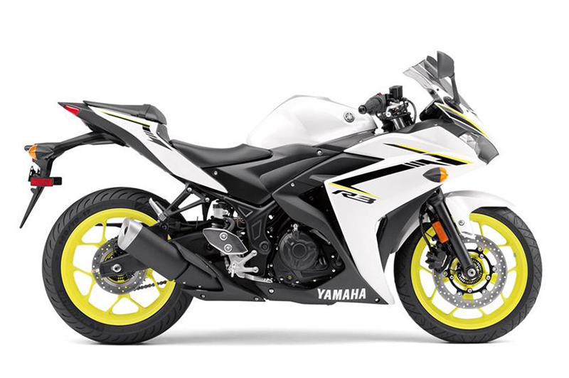 2018 Yamaha YZF-R3 ABS in Phillipston, Massachusetts