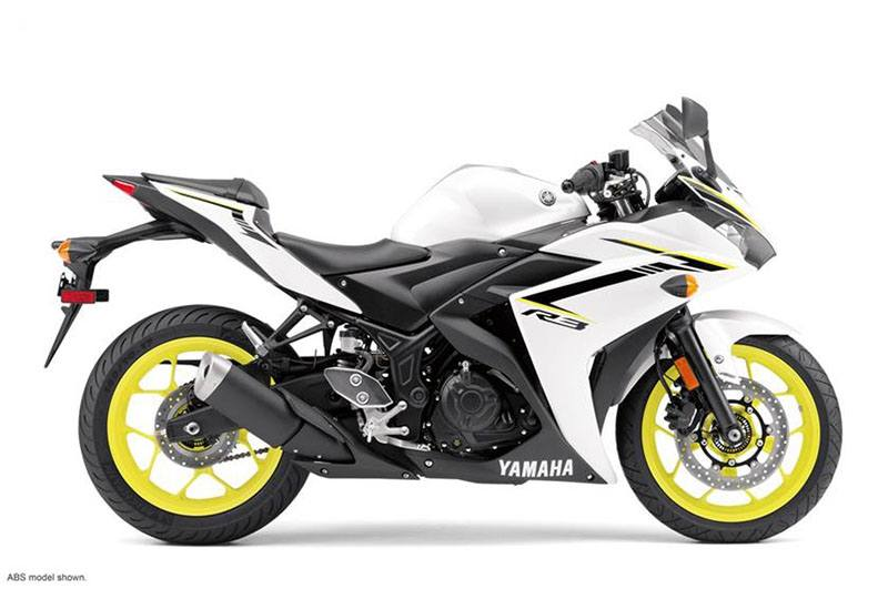 2018 Yamaha YZF-R3 ABS in Modesto, California