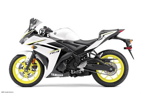 2018 Yamaha YZF-R3 ABS in Tamworth, New Hampshire