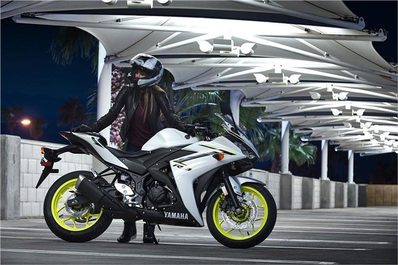 2018 Yamaha YZF-R3 ABS in Victorville, California