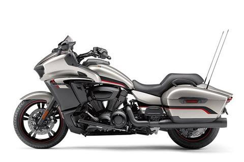 2018 Yamaha Star Eluder in Tamworth, New Hampshire