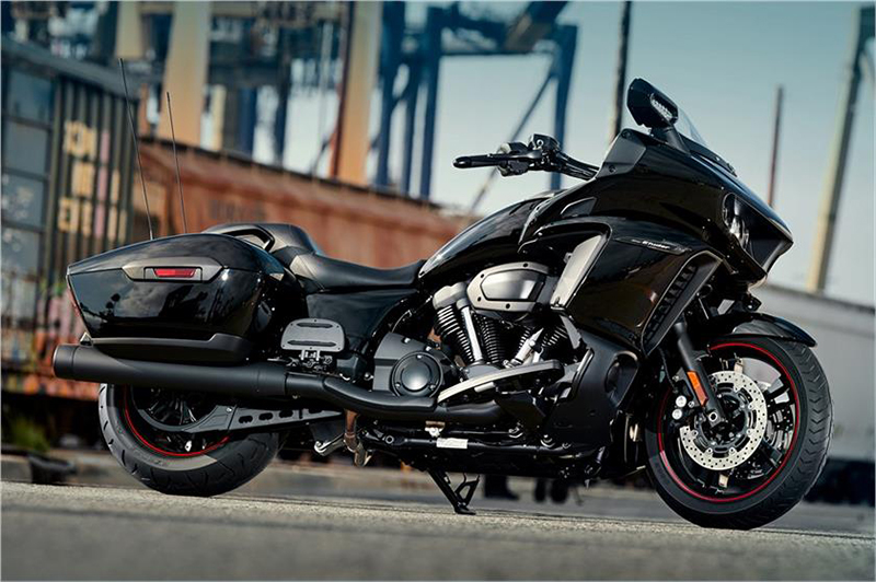 2018 Yamaha Star Eluder GT in Santa Maria, California