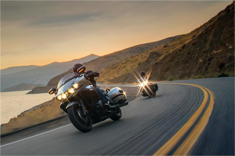 2018 Yamaha Star Eluder GT in Victorville, California