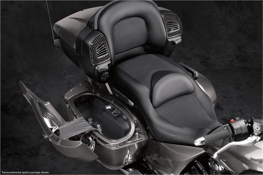 2018 Yamaha Star Venture with Transcontinental Option Package in Phillipston, Massachusetts