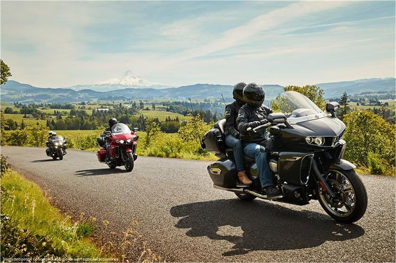 2018 Yamaha Star Venture with Transcontinental Option Package in Tamworth, New Hampshire