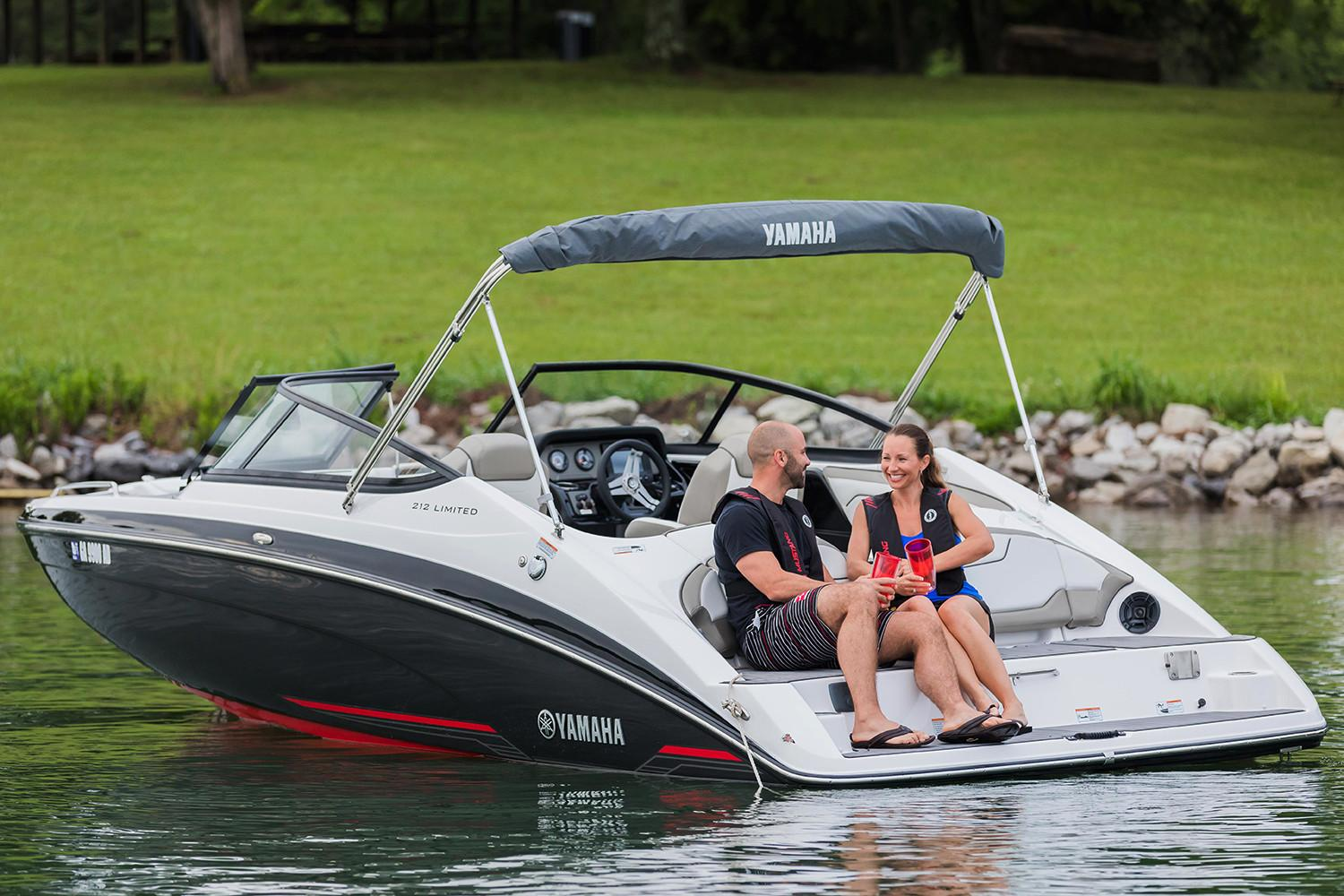New 2018 yamaha 212 limited power boats inboard in for 2018 yamaha jet boat