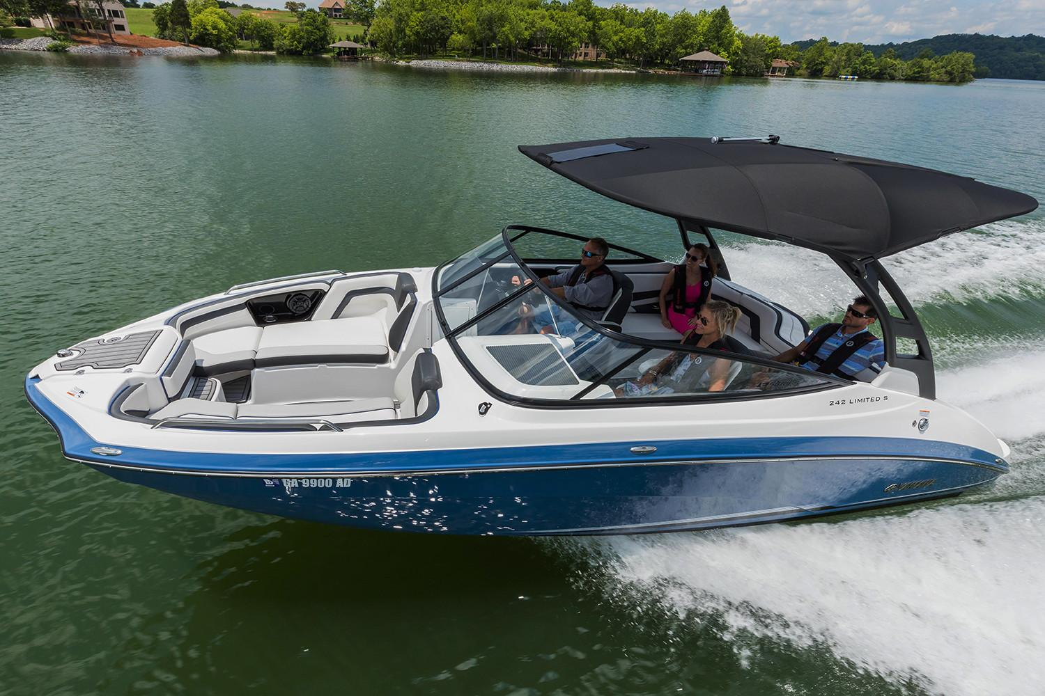 2018 Yamaha 242 Limited S E-Series in Hampton Bays, New York