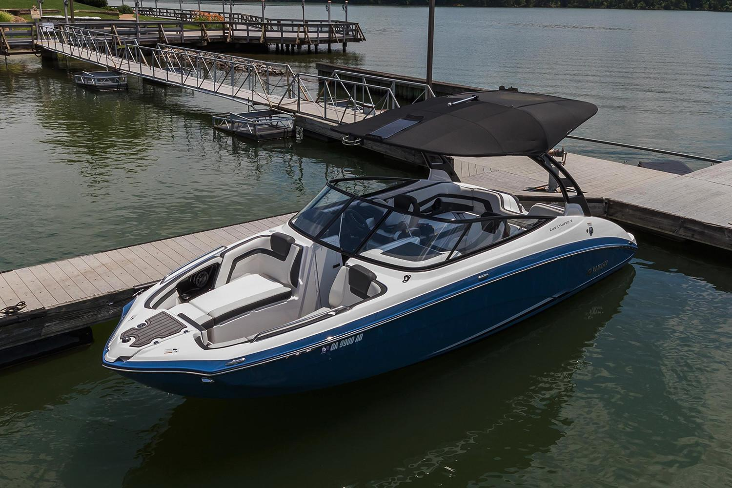 2018 Yamaha 242 Limited S E-Series in Metuchen, New Jersey