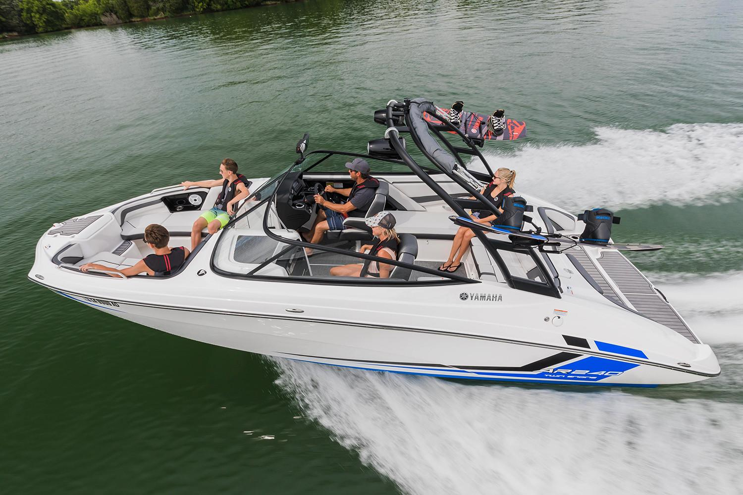New 2018 yamaha ar240 power boats inboard in clearwater fl for 2018 yamaha jet boat