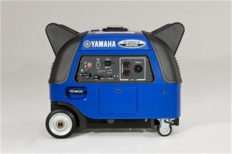 2018 Yamaha EF3000iS Generator in Greenville, North Carolina