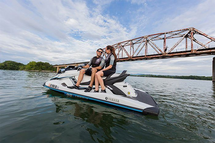2018 Yamaha FX Cruiser HO in Superior, Wisconsin