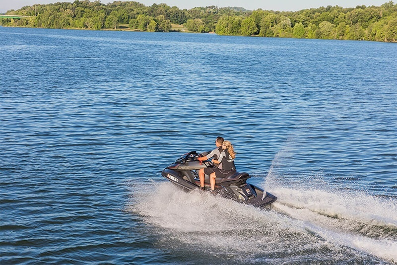 2018 Yamaha FX Cruiser SVHO in Appleton, Wisconsin