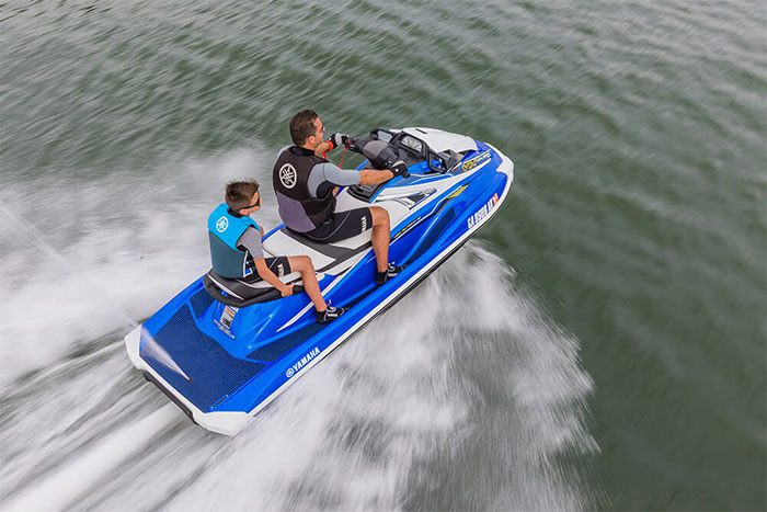 2018 Yamaha VX Cruiser HO in Lowell, North Carolina